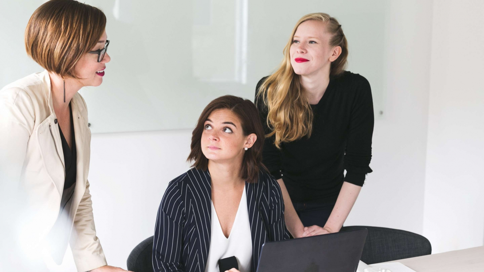 three-business-women_4460x4460